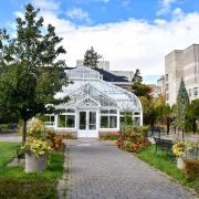 Greenhouse Building at University of Guelph